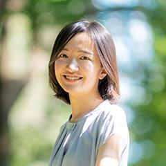 the profile picture is Koharu Yanagawa